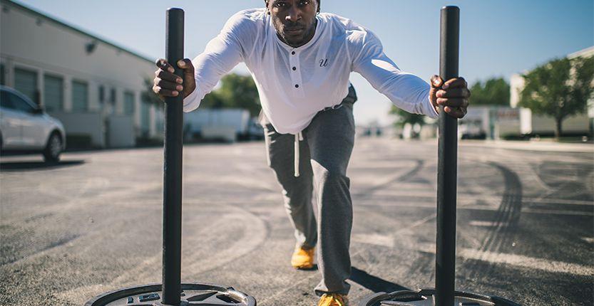 Athlète réalisant ses exercices